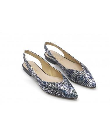 Blue printed flat shoe