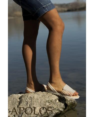 Sandalia beige con tiras