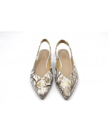 Zapato plano estampado oro