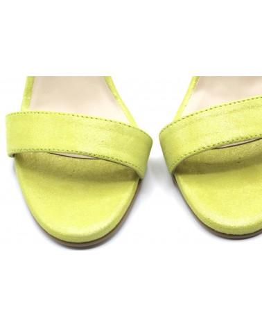 Sandalia tacón verde lima