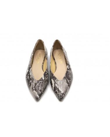 Zapato plano color pitón