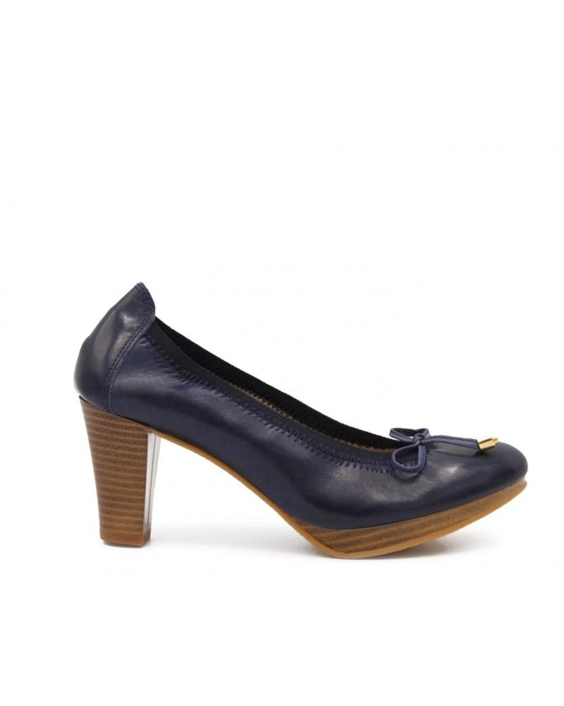 Zapato de tacón azul