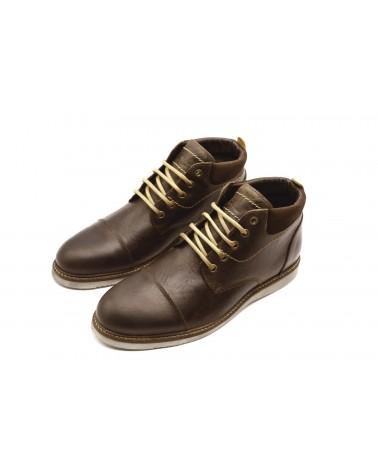 Urban brown boot