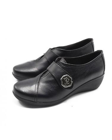 Black shoe with velcro