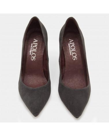 Grey heeled shoe